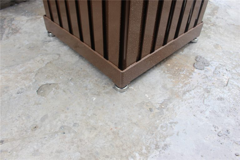 Commercial Outdoor Planter P-001 Image 1