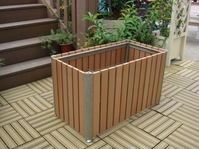 Commercial Outdoor Planter P-002 Image 1