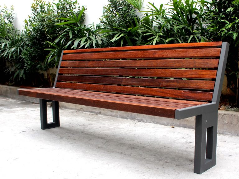 Commercial Recycled Plastic Park Bench / SPB-051