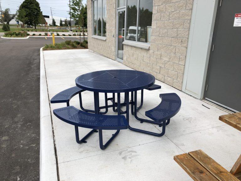 Commercial steel picnic table SPP-203 RAL5003 sunperk site furnishings