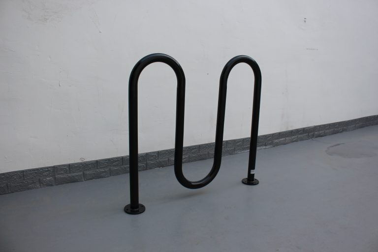 commercial steel continuous U shaped bike rack glossy black powder coating 01