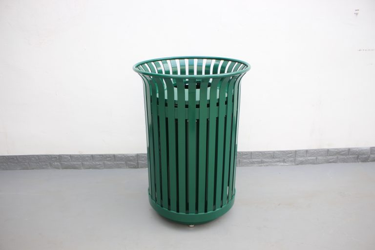 commercial steel trash receptcle color RAL 6005 glossy moss green 01