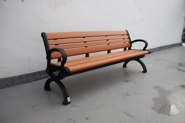 Commercial Recycled Plastic Park Bench SPB-102_Glossy Black Powder Coating RAL9005 and P1 Plastic Lumber (1)