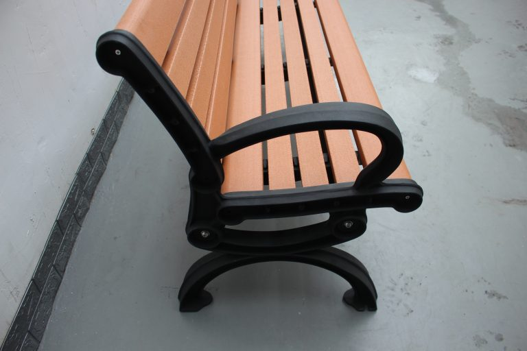 Commercial Recycled Plastic Park Bench SPB-102_Glossy Black Powder Coating RAL9005 and P1 Plastic Lumber (2)