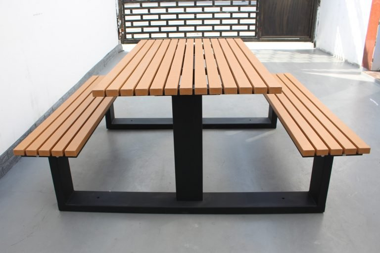 Commercial Recycled Plastic Picnic Table SPP-105 Matt Black Powder Coating RAL9005 and P3 Plastic Lumber (2)