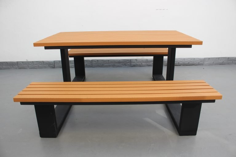 Commercial Recycled Plastic Picnic Table SPP-105 Matt Black Powder Coating RAL9005 and P3 Plastic Lumber (4)