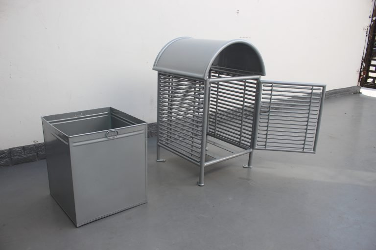 Commercial Steel Trash Receptacle SPT-101_Glossy Metallic Silver (2)