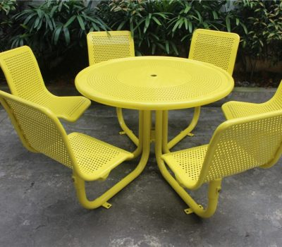 outdoor picnic tables toronto